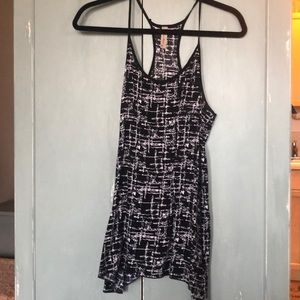 Black and white abstract tank top- Medium